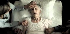 Nurse reveals the top 5 regrets people make on their deathbed - Healthy Holistic Living being true to oneself not working so hard expressing feelings more staying in touch with friends being happier Healthy Holistic Living, End Of Life, After Life, Before Us, In My Feelings, Expressing Feelings, Regrets, Thought Provoking, Along The Way