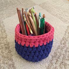 "@sc_art_life's photo: ""Need to organize your hooks? Whip up this cute basket made with #jerseybegoodyarn in an hour!  #crochet#knitting#handmade#woolandthegang#jerseybegood#shareyourknits#hookorganiser"""