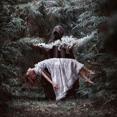 Photography fantasy magic writing prompts 62 ideas for 2019 Halloween Camera, Halloween Fotos, Photography Tutorials, Creative Photography, Children Photography, Magical Photography, Dark Art Photography, Exposure Photography, Water Photography
