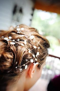 Pretty little cage for over hair--maybe stars or crystals.