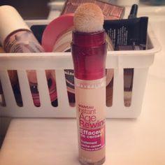 A Love Affair With Eyeliner Blog: Review: Maybelline Instant Age Rewind® Eraser Dark Circles Concealer + Treatment
