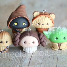 Good Images polymer Clay Crafts Popular May the Force be With You – Star Wars – Inspiration and DIY Polymer Clay Cupcake, Polymer Clay Figures, Polymer Clay Miniatures, Polymer Clay Charms, Polymer Clay Projects, Polymer Clay Creations, Diy Clay, Clay Crafts, Polymer Clay Jewelry