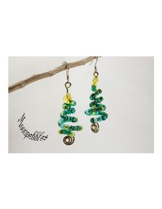 O Christmas Tree beaded wire wrapped earrings by Moonpebbles on Etsy