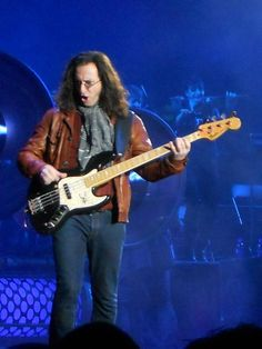 Rock And Roll Bands, Rock N Roll, Geddy Lee Bass, Rush Concert, Rush Band, Alex Lifeson, Neil Peart, Greatest Rock Bands, Progressive Rock