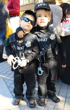 Like this and repin if you think these guys are even a little cute. Ask your friend to do the same. They really want to win first prize in the Arts District costume contest.