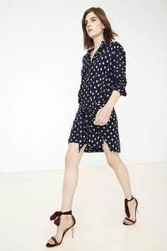 Ulla Johnson Pre-Fall 2015 is CCC: calm, cool, and collected, with auxiliary detail granted by precise hand embroidery.
