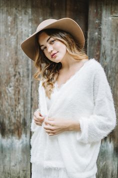 Cosy Line - Website Bridal Cover Up, Bridal Robes, Cosy, Wedding Blog, Tunic Tops, Heartstrings, Photography, Warm, Website