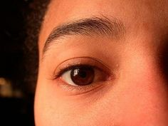 How to Make Your Eyebrows Grow Faster thumbnail