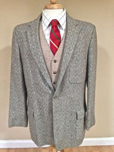 Sale 42L 1950s Atomic Fleck -- Sport Coat -- Vintage Men -- Gray Wool with Blue and White Fleck