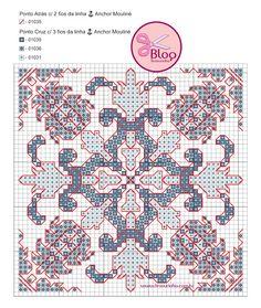 ponto cruz Porcelain print - azulejo português Cross Stitch Patterns, Crochet Patterns, Vintage Cross Stitches, Portuguese Tiles, Knit Or Crochet, Pin Cushions, Blackwork, Needlepoint, Craft Projects