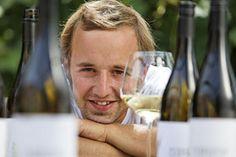 Ein ganz spezieller Steirer. Wein wie Winzer. Weisser Burgunder, 2012, Herrenhof Lamprecht - http://www.dieweinpresse.at/weisser-burgunder-2012-herrenhof-lamprecht/