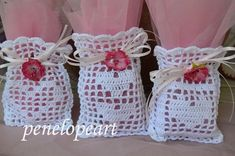 Cute Crochet, Crochet Baby, Crochet Sachet, Crochet Placemats, Crochet Basics, Small Bags, Baby Dress, Free Pattern, Diy And Crafts
