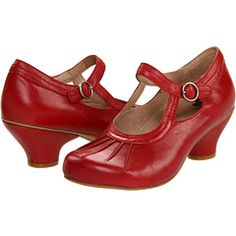 damn. found my cute red maryjanes, and they don't have my size. also they aren't $10, so I can't afford them.