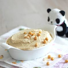 How to make healthy hummus without any oil! All vegan.