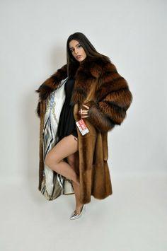Faux Coat, Fox Fur Coat, Faux Fur, Fur Fashion, Womens Fashion, Winter Fur Coats, Fur Blanket, Fur Stole, Winter Cardigan