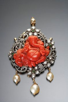 Coral Ganesh Pendant with Diamonds and South Sea Pearls India Jewelry, Temple Jewellery, Ethnic Jewelry, Antique Jewelry, Vintage Jewelry, Amrapali Jewellery, Diamond Jewellery, Ganesh Pendant, Traditional Indian Jewellery