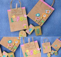 Bolsas kraft decoradas con pegatinas y washi tape - Paper boogie