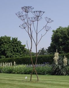 Tony Winterbourn - outsize cow parsley metal sculpture