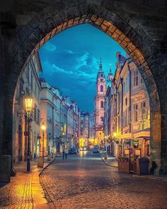 📜 Prague is the only. 📜 Prague is the only major city in Europe that wasn't extensively bombed in WWII. Places To Travel, Places To See, Travel Destinations, Prague Travel, Prague Czech Republic, Cities In Europe, Europe Europe, Travel Europe, Voyage Europe