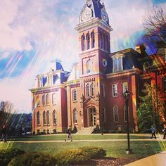 It's a gorgeous one today #WVU Photo Cred: @hilllllary's