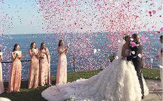 Non ci sono dubbi su chi si aggiudicherà il primo posto per il matrimonio più glamour dell'anno. Giovanna ...