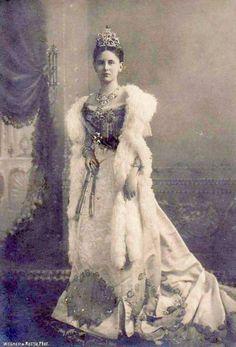 Queen Wilhelmina of the Netherlands wearing tiara and fur wrap