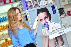 Marketing într-o lume digitală Pharmacy, Marketing, Image, Shopping, Beauty, Pharmacy Design, Apothecary, Beauty Illustration