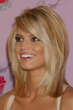 I love this haircut.... i want to try a new do! Shoulder-length hair cut with bangs