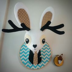Felt jackalope faux taxidermy from #cupcakecutieone #fauxtaxidermy #jackalope