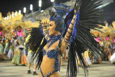 Uma das musas mais esperadas da avenida, Sabrina Sato começou no Carnaval em São Paulo, na Gaviões da Fiel. No Rio de Janeiro, desfilava como musa do Salgueiro e, desde 2011, foi corada rainha de bateria da Vila Isabel. Vote nesta musa