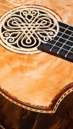 Brazilian Rosewood B&S, Quilted Maple top, Da Vinci Model Concert Classical Guitar