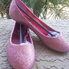 Pink ballerina Flats These are pink glitter ballerina Flats by Anna Footwear. They are for a narrow to medium with foot Shoes Flats & Loafers
