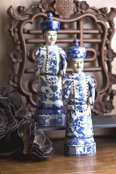 blue and white chinese emperor figurines