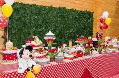decoracao festa confeitaria turma do mickey