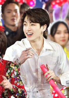 And I can see Shonwu staring at Jungkook the way we all did just now Foto Jungkook, Foto Bts, Jungkook Oppa, Bts Bangtan Boy, Bts Jungkook Birthday, Jung Kook, K Pop, Busan, Playboy