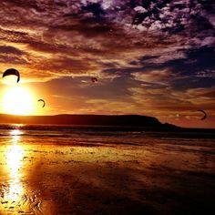 Cornish kites by sunset
