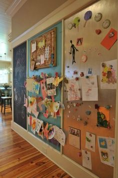 Inspiring Homeschool Rooms Love this idea! Chalkboard, picture gallery, magnetic board.