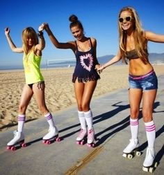girlfriends rollerskating #beach #summer