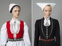 Nordmore headress Costume - Made In Norway Now - Made In Norway Now Left: More Right: Hardanger Folk Costume, Costumes, Folk Clothing, Folk Festival, Going Out Of Business, My Heritage, Norway, How To Make, How To Wear