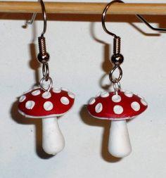 Ohrringe - Ohrringe Fliegenpilz Edelstahl Ohrhänger - ein Designerstück von ausgefallene-Ohrringe bei DaWanda