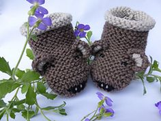 This is a detailed written knitting pattern in pdf format for baby teddy bear themed booties. The pattern includes photos and row by row written instructions.