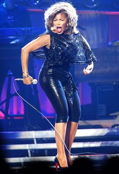 Tina Turner renuncia à cidadania americana