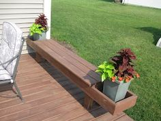Simply Inspired Mom: DIY Outdoor Decor: Simple Container Garden tips    This would be great off the patio!
