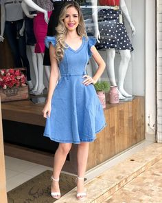 100 easy and breezy summer outfit ideas – page 34 Denim Fashion, Girl Fashion, Fashion Outfits, Chambray Dress, Jeans Dress, Casual Dresses, Short Dresses, Summer Dresses, Summer Outfit