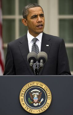 US President Barack Obama makes remarks from the Rose Garden of the. Thank You President Obama, First Black President, Mr President, Famous Presidents, Black Presidents, American Presidents, Barack Obama, Obama Photographer, Jim Watson
