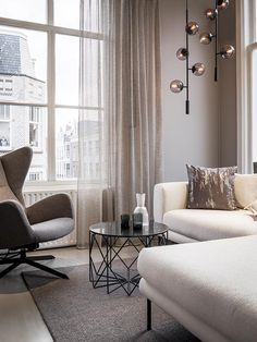Metallic mesh curtains by Cachet, Holland Haag. Living room with egg chair and white sofa by Bolia. Modern White Living Room, Living Room Grey, Living Room Chairs, Home And Living, Curtains With Grey Sofa, Bolia Sofa, Apartment Curtains, Dining Room Design, Kitchens
