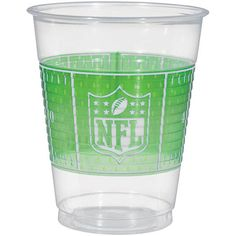 Complete your NFL birthday party tableware with these awesome football 16 ounce plastic cups for cold drinks. Perfect for birthday parties and the big game. Includes 25 plastic cup.