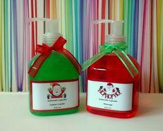 Para decorar o banheiro ou o lavabo para o Natal  Sabonete Líquido pet de 250ml  Vários aromas. Confira www.mixsweets.com.br