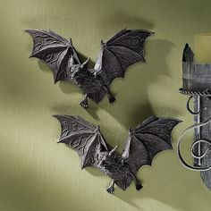 Buy Design Toscano Vampire Bat - The Vampire Bats of Castle Barbarosa Wall Sculptures - Set of 2 - Bat Figure - Halloween Bats