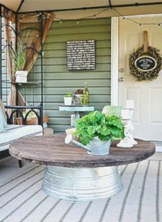 Nice 46 Smart Diy Farmhouse Coffee Table Ideas. More at http://trendecor.co/2018/04/20/46-smart-diy-farmhouse-coffee-table-ideas/